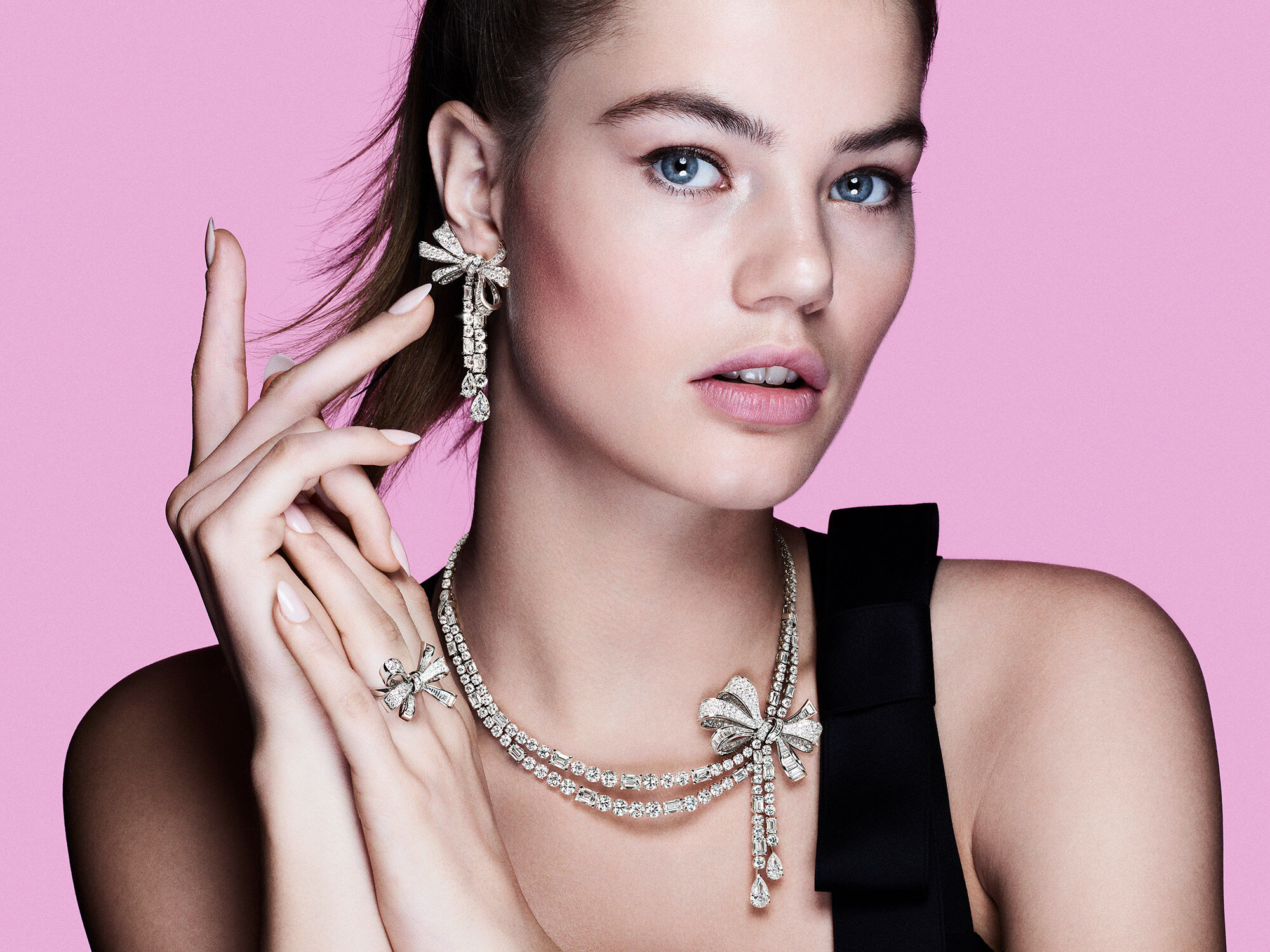 Close up of a model wearing the Graff Tilda's Bow diamond high jewellery