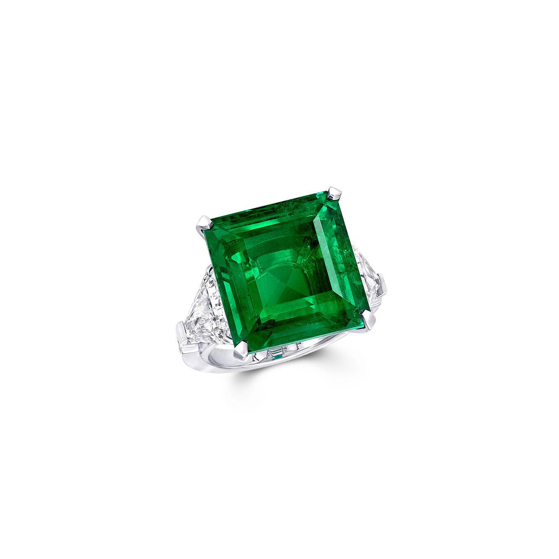 A Graff emerald cut emerald and white diamond high jewellery ring