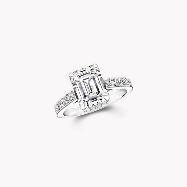 Flame祖母绿形切割钻石订婚戒指, , hi-res