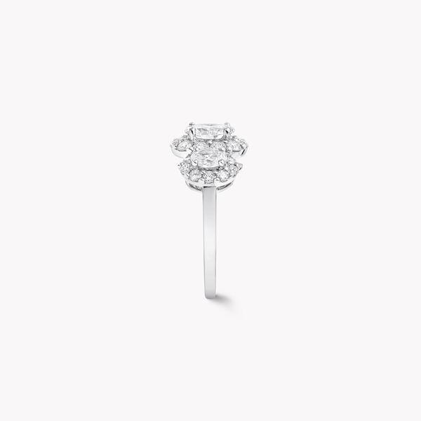 Icon三颗椭圆形钻石戒指, , hi-res
