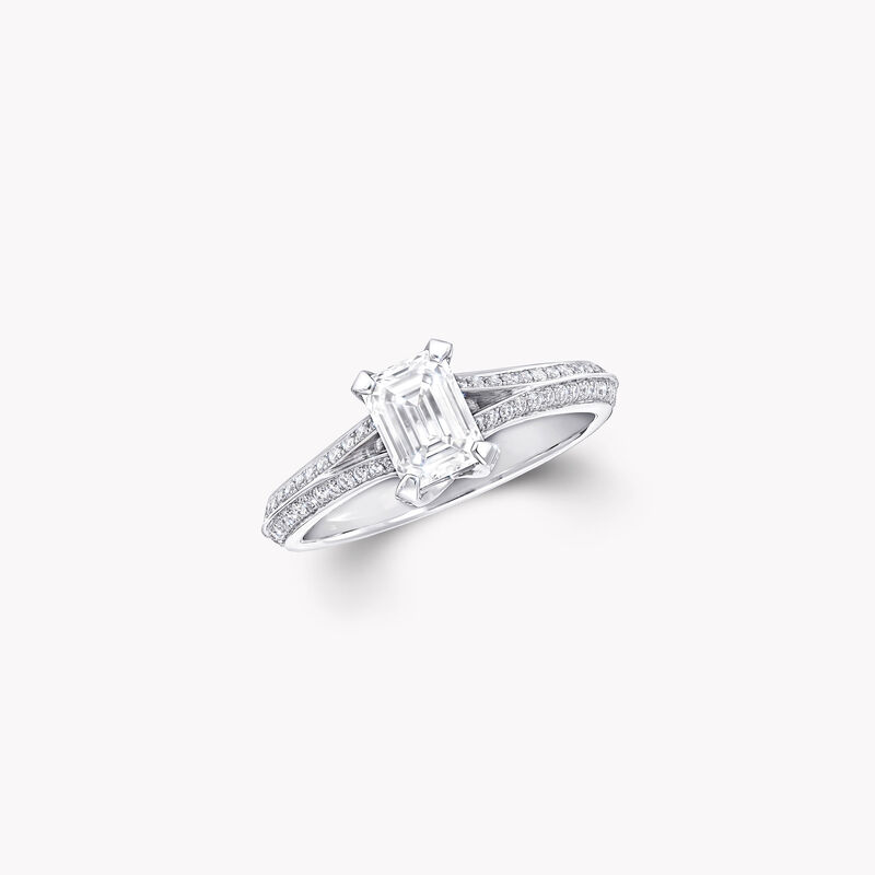 Legacy祖母绿形切割钻石订婚戒指, , hi-res