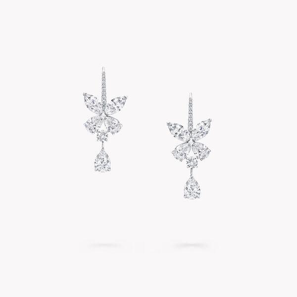 经典蝴蝶造型耳环配梨形钻石, , hi-res