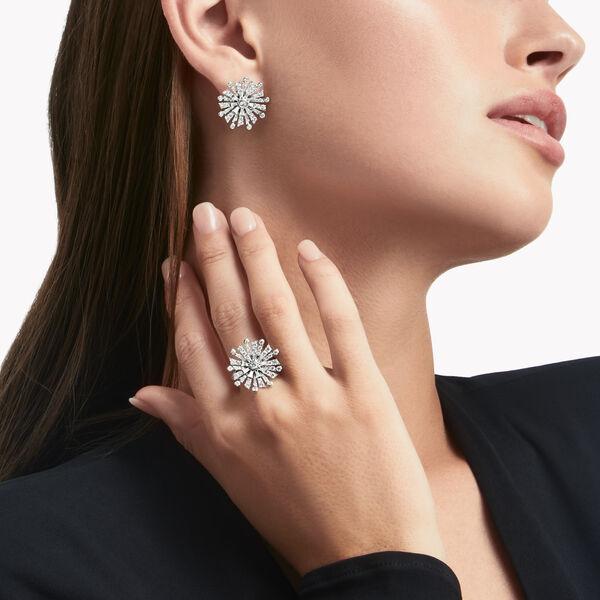 New Dawn钻石戒指, , hi-res