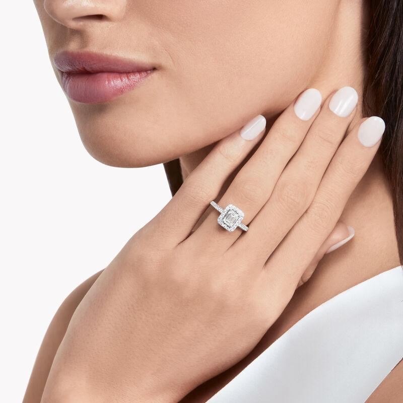 Constellation祖母绿形切割钻石订婚戒指, , hi-res